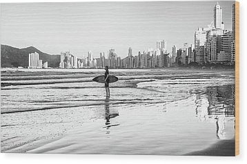 Surfer On The Beach Wood Print