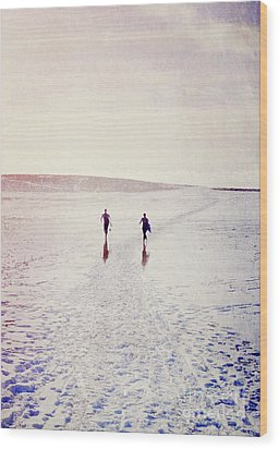 Wood Print featuring the photograph Surfers In The Snow by Lyn Randle
