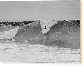 Surf's Up Bw Wood Print by Eddie Yerkish
