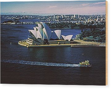 Sydney Opera House Wood Print by Gary Wonning