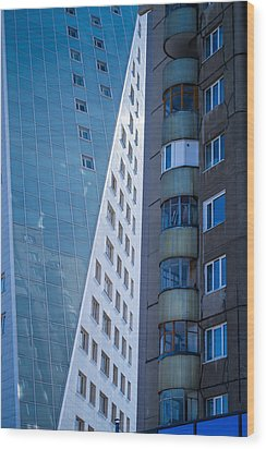 Synergy Between Old And New Apartments Wood Print by John Williams