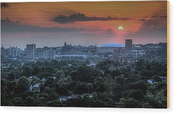 Syracuse Sunrise Wood Print by Everet Regal