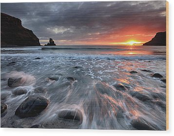 Wood Print featuring the photograph Talisker Bay Rocky Sunset by Grant Glendinning