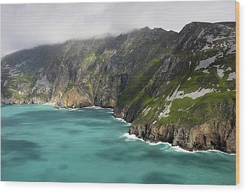 Tall Sea Cliffs Of Slieve League Donegal Ireland Wood Print by Pierre Leclerc Photography
