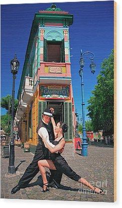 Wood Print featuring the photograph Tango At Caminito by Bernardo Galmarini