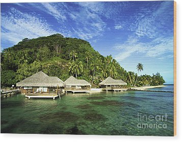 Te Tiare Resort Wood Print by David Cornwell/First Light Pictures, Inc - Printscapes