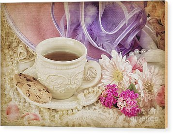 Tea Party Wood Print by Cheryl Davis