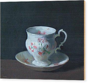 Teacup And Saucer On Dark Background Wood Print