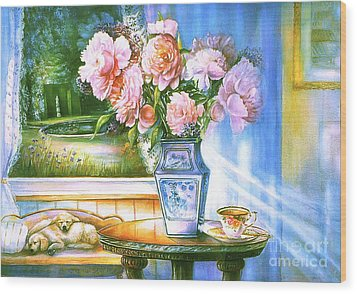 Teatime And Dreams Wood Print by Patricia Schneider Mitchell