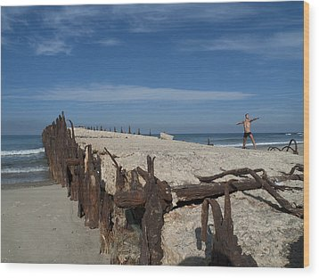 Wood Print featuring the photograph Tel Aviv Old Port 2 by Dubi Roman