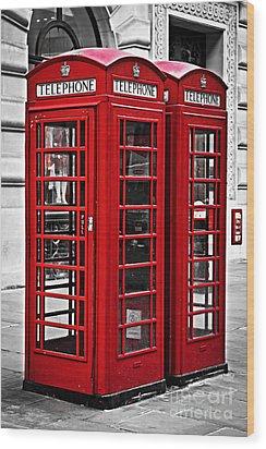 Telephone Boxes In London Wood Print by Elena Elisseeva