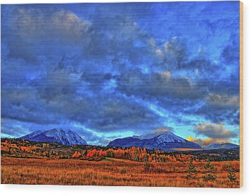 Wood Print featuring the photograph Ten Mile Of Fall Colors by Scott Mahon