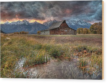 Teton Nightfire At The Ta Moulton Barn Wood Print