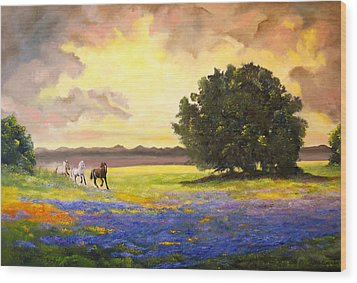 Texas Horses And Bluebonnets Wood Print by Connie Tom