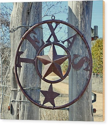 Texas Star Rustic Iron Sign Wood Print