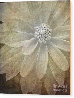 Textured Dahlia Wood Print
