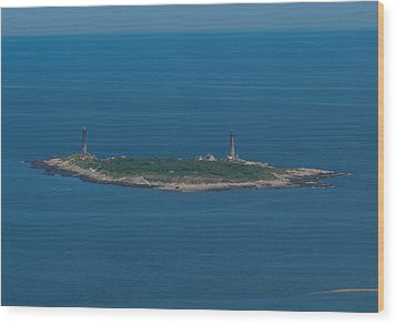 Wood Print featuring the photograph Thacher Island Lights by Joshua House