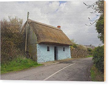Thatch Roof Cottage Galway Wood Print by Pierre Leclerc Photography