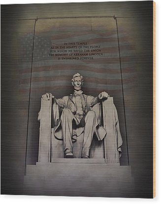 The Abraham Lincoln Memorial Wood Print by Bill Cannon