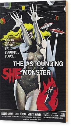 The Astounding She-monster, 1-sheet Wood Print by Everett