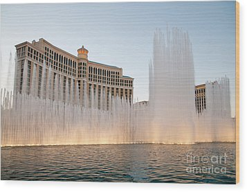 The Bellagio Hotel And Casino Wood Print by Andy Smy
