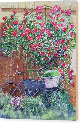 The Bike At Bistro Jeanty Napa Valley Wood Print by Gail Chandler
