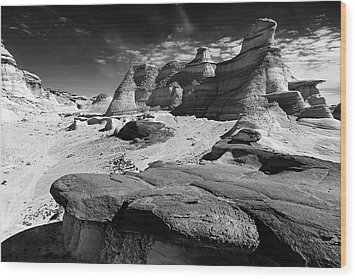 The Bisti Badlands - New Mexico - Black And White Wood Print by Jason Politte