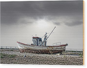 Wood Print featuring the photograph The Boat by Angel Jesus De la Fuente