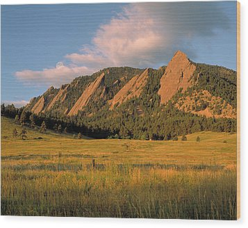 The Boulder Flatirons Wood Print by Jerry McElroy