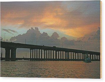 The Bridge To Galveston Wood Print by Robert Anschutz