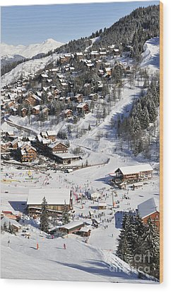 The Busy Chaudanne In Meribel The Heart Of Meribel In The Three Valleys Resort France Wood Print by Andy Smy