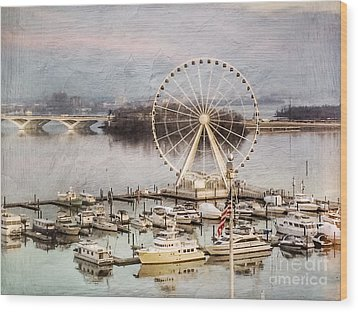 The Capital Wheel At National Harbor Wood Print