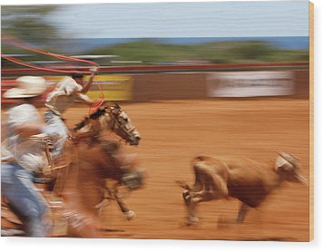 Wood Print featuring the photograph The Chase by Roger Mullenhour