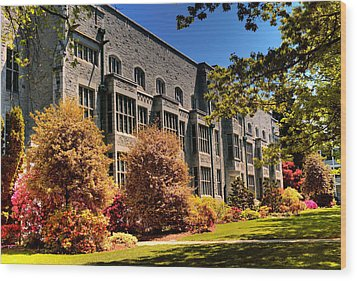 The Chem Building At Ubc Wood Print by Lawrence Christopher