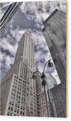 The Chrysler Building In Nyc Usa Wood Print by Robert Ponzoni