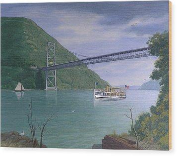The Commander At Bear Mt. Bridge  Wood Print by Glen Heberling