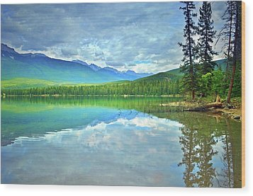 Wood Print featuring the photograph The Crystal Waters Of Lake Annette by Tara Turner