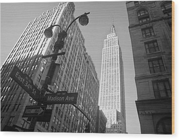 The Empire State Building In New York City Wood Print by Ilker Goksen