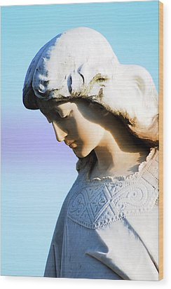 The Face Of An Angel Wood Print by Susanne Van Hulst
