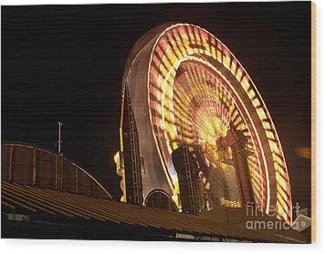 The Ferris Wheel Wood Print by David Bishop