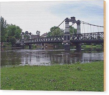 The Ferry Bridge Wood Print by Rod Johnson