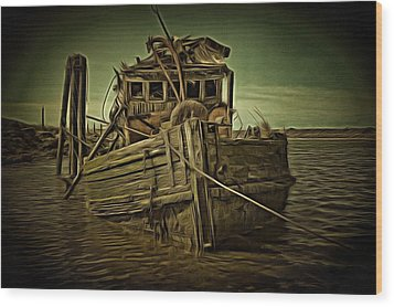 Wood Print featuring the photograph Mary D. Hume Shipwreak by Thom Zehrfeld