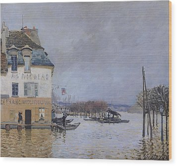 The Flood At Port Marly Wood Print by Alfred Sisley