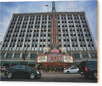 The Fox Theatre In Detroit Welcomes Charlie Sheen Wood Print by Gordon Dean II
