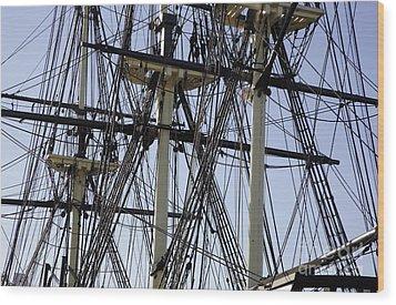 The Friendship Of Salem Tall Ship  In Salem Massachusetts Usa Wood Print by Erin Paul Donovan