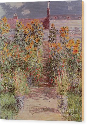 The Garden At Vetheuil Wood Print by Claude Monet