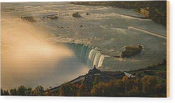 The Golden Mist Of Niagara Wood Print