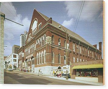 The Grand Ole Opry, Circa 1960s Wood Print by Everett