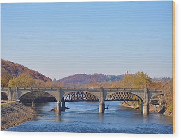 The Hill To Hill Bridge - Bethlehem Pa Wood Print by Bill Cannon