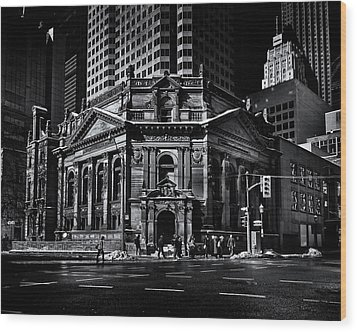 The Hockey Hall Of Fame Toronto Canada Wood Print by Brian Carson